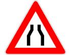 Cartello stradale di restringimento carreggiata
