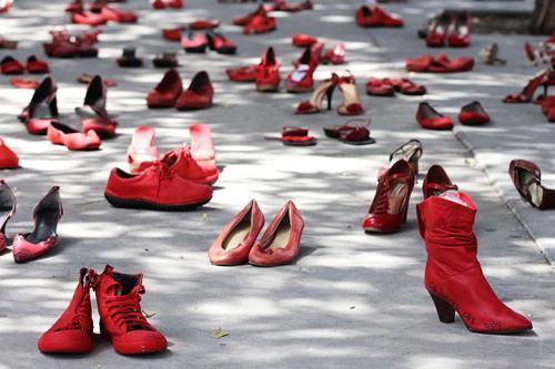 Zapatos rojos per non dimenticare