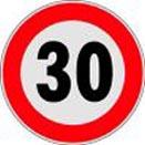 segnale limite di velocità a 3o Km/h